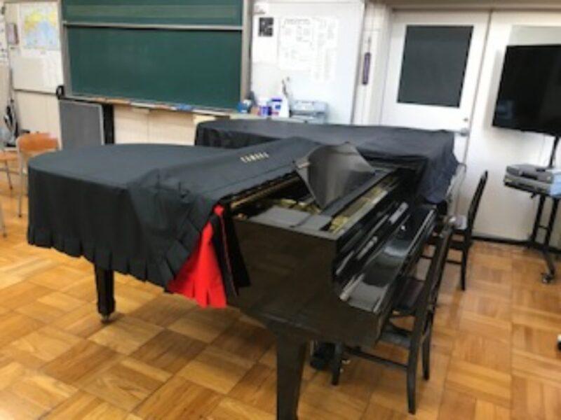 グランドピアノの写真