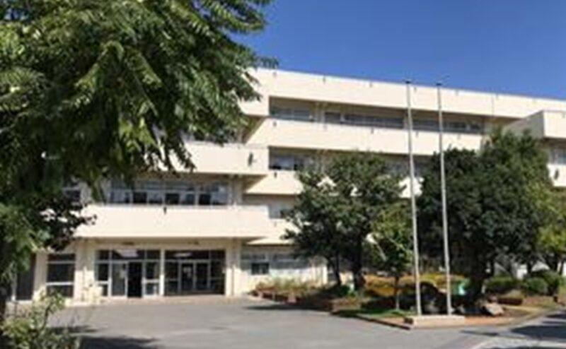 横浜市立鶴見中学校の写真